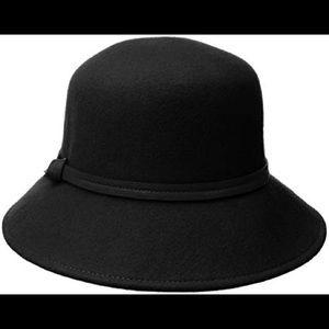 Nine West Cloche Wool Hat (Adjustable) (B)
